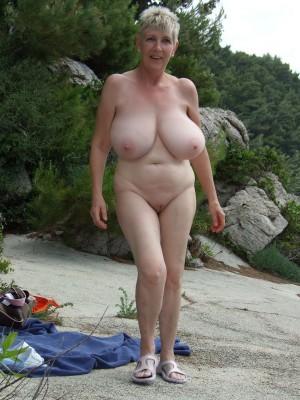 viajas-desnudas4-gatitasperversas.com