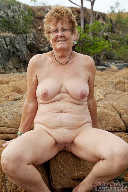 ancianas calientes maduros  follando