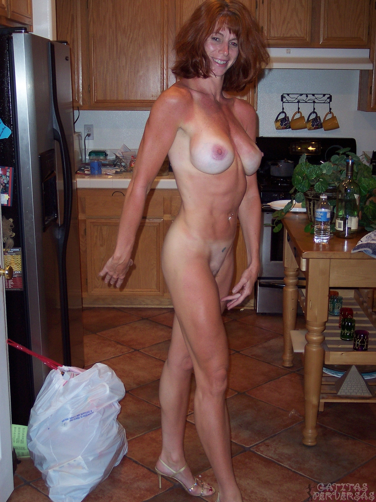 mature tall nude women