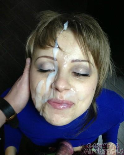 natural masaje semen en la cara