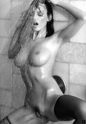 Nude Amy bondage weber