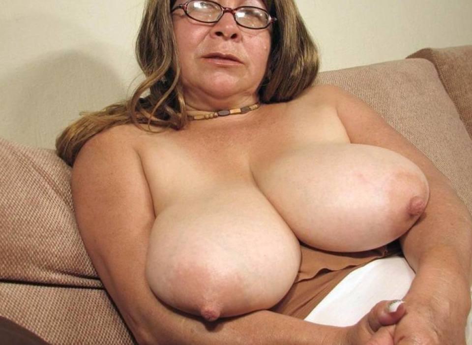 desnudas Abuelas latinas