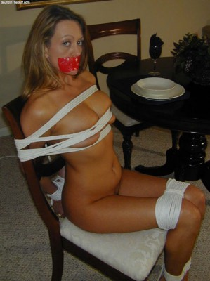 wife-is-tied-to-chair