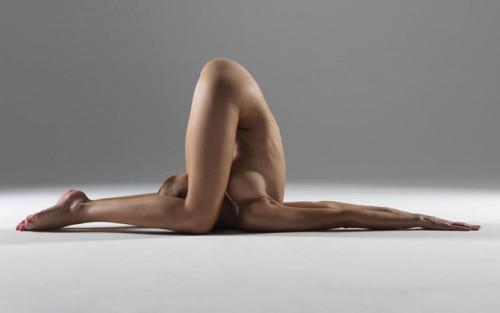 desnudas-yoga6