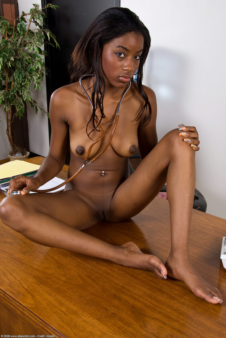 beautiful naked ebony women