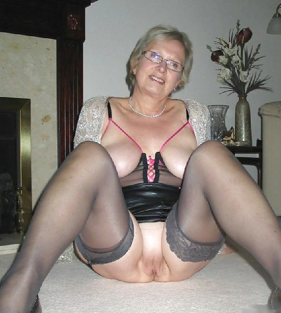 videos porno gratis de abuelas pelirrojas desnudas