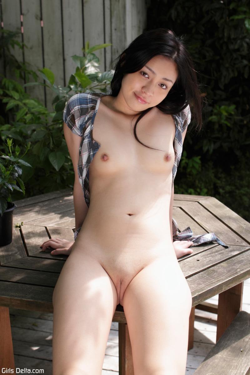 beautiful nude girls tokyo